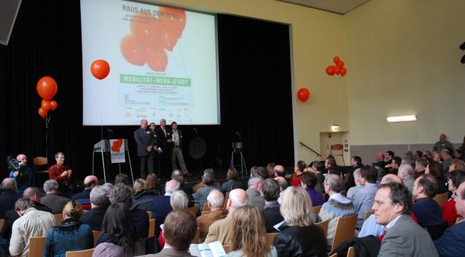 Erste Vernastaltung der MWS 2011 im Burggymnasium Essen mit über 500 BügerInnen